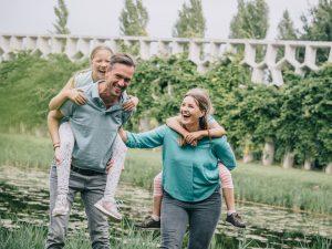 Lifestyle gezinfotoshoot Utrecht Maxima park Vleuten Leidsche Rijn Utrecht gezinsfotograaf Moniek van Selm Fotografie (15)